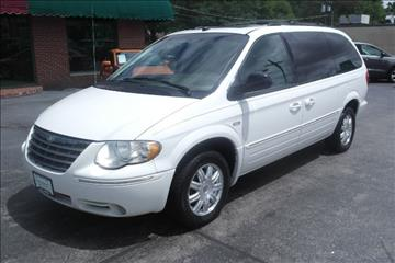 2005 Chrysler Town and Country for sale in Springfield, MO