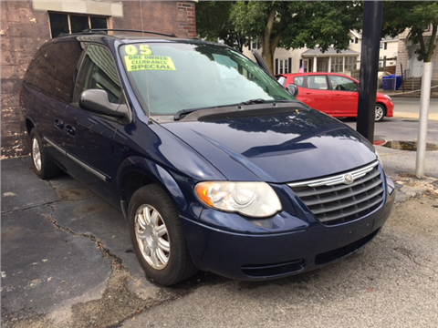 2005 Chrysler Town and Country for sale in Providence, RI