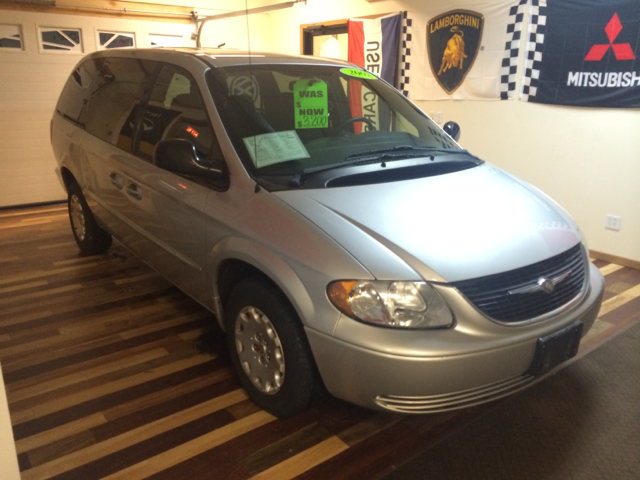 2002 Chrysler Town and Country for sale in Baraboo WI