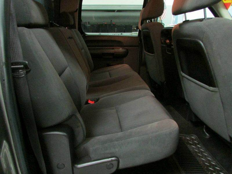 2009 Chevrolet Silverado 1500 4x4 LT 4dr Crew Cab 5.8 ft. SB - Idaho Falls ID