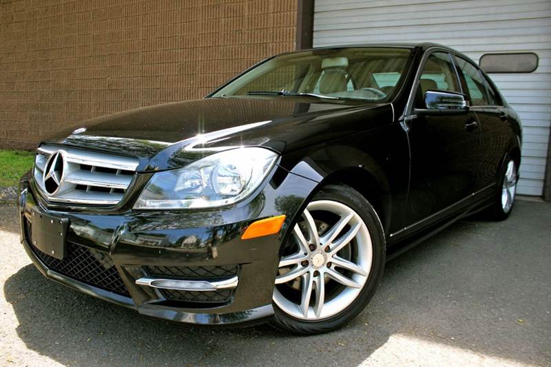 2012 mercedes benz c class awd c300 sport 4matic 4dr sedan for Mercedes benz of danbury used cars