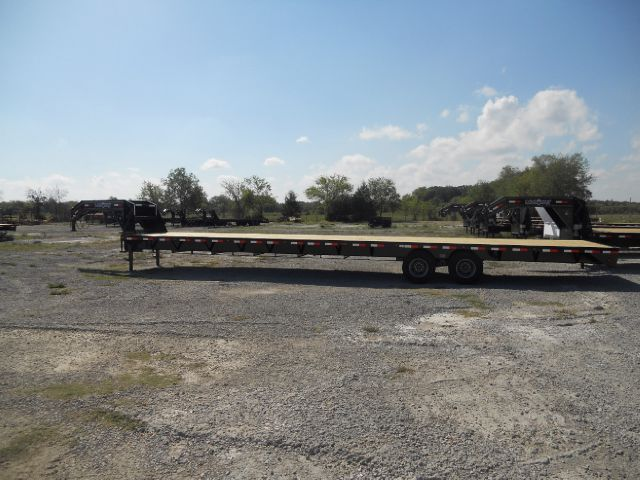 2014 Load Trail / Load Max 40' Gooseneck Trailer, 10k Dexters, Straight deck Powdercoated - Bonham TX