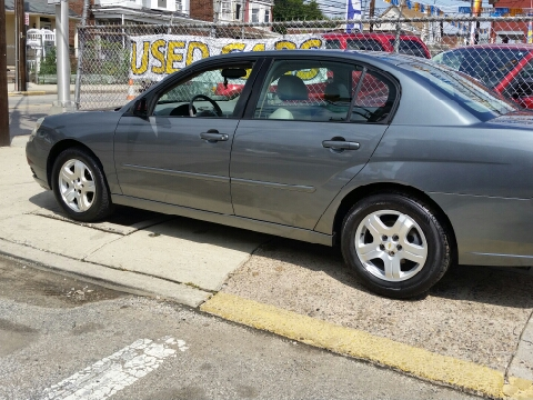 2005 Chevrolet Malibu for sale in Camden, NJ