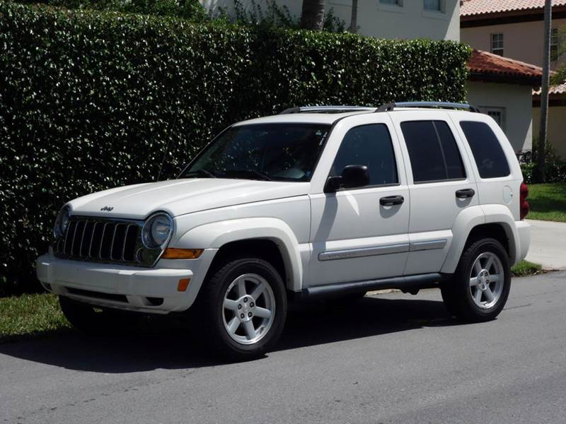 2005 JEEP LIBERTY LIMITED 4DR SUV white anti-theft system - alarm axle ratio - 373 center cons
