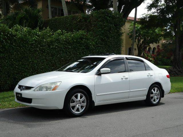 2005 HONDA ACCORD EX V-6 4DR SEDAN white abs - 4-wheel anti-theft system - alarm cd changer ce