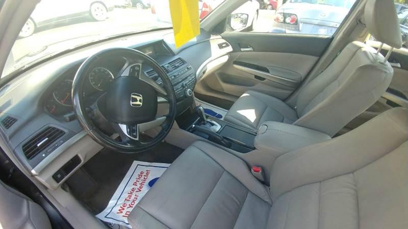 2009 Honda Accord EX-L 4dr Sedan 5A - Spencerport NY