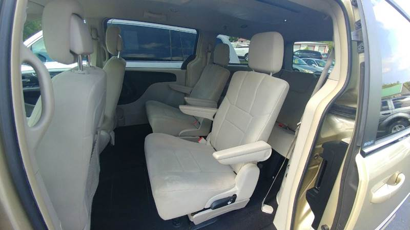 2011 Chrysler Town and Country Touring 4dr Mini-Van - Spencerport NY