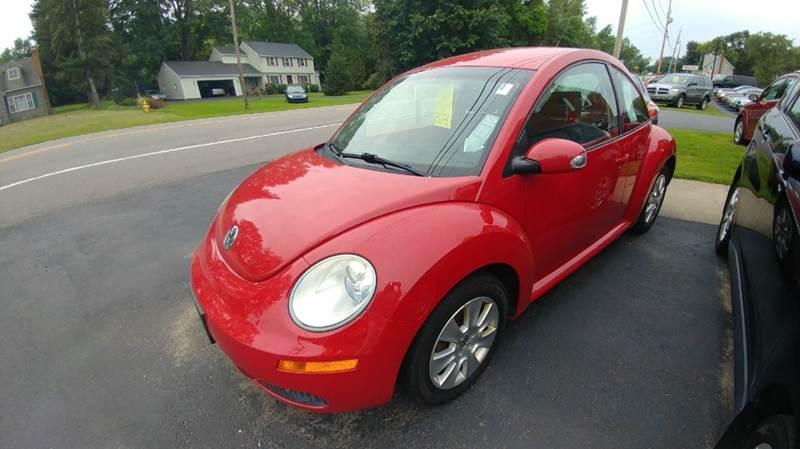2009 Volkswagen New Beetle Base 2dr Hatchback 5M - Spencerport NY