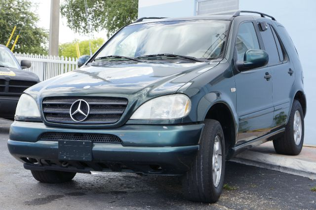 Search results for Mercedes benz hollywood fl