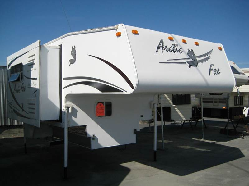 2007 ARCTIC FOX 811