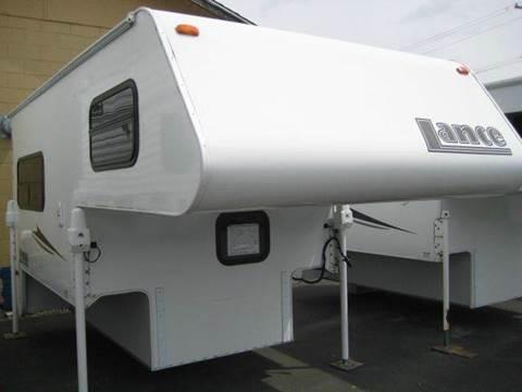 2009 Lance Camper 805