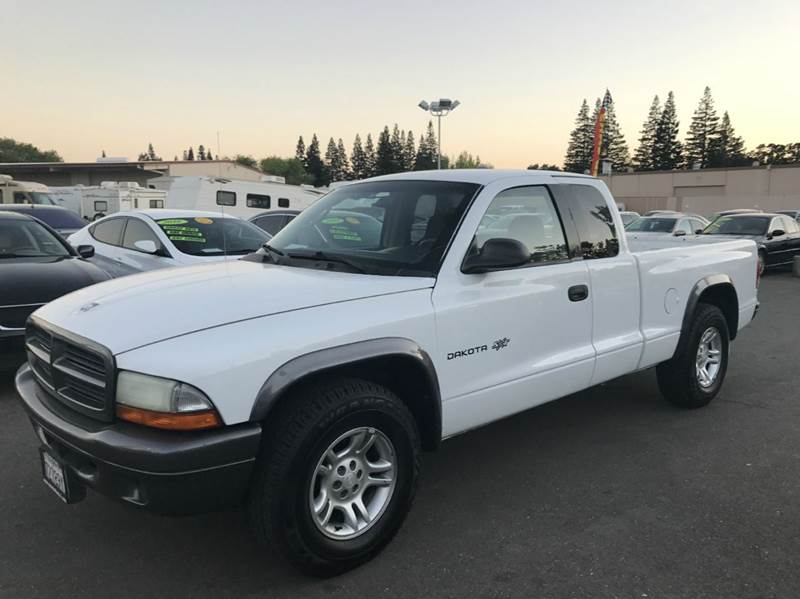 2002 Dodge Dakota 2dr Club Cab 2WD SB - Rancho Cordova CA