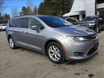 2017 Chrysler Pacifica for sale in Warrensburg, NY