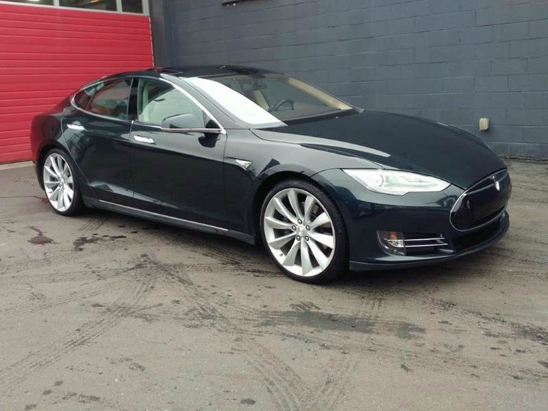 2013 tesla model s performance 4dr liftback in seattle wa paramount motors nw. Black Bedroom Furniture Sets. Home Design Ideas