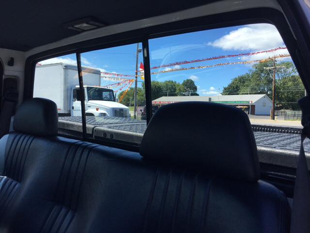 1997 Chevrolet C/K 1500 Series C1500 WT 2dr Standard Cab LB - Franklin IN