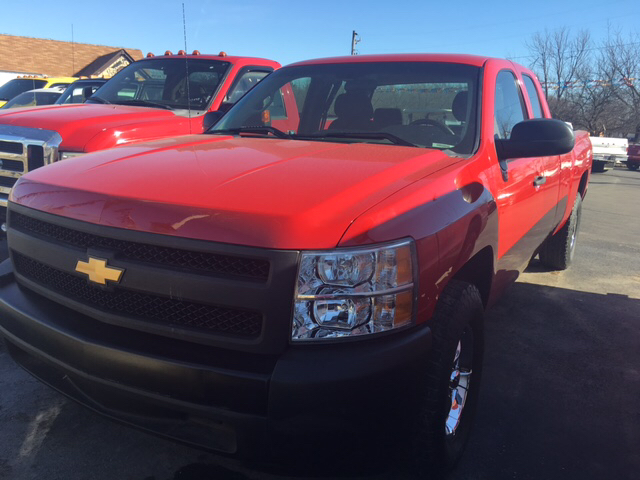 2011 Chevrolet Silverado 1500 4x2 Work Truck 4dr Extended Cab 8 ft. LB - Franklin IN