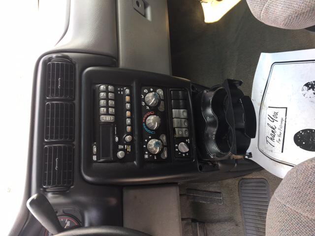 2001 Pontiac Montana Base 7 Seat 4dr Extended Mini Van - Franklin IN