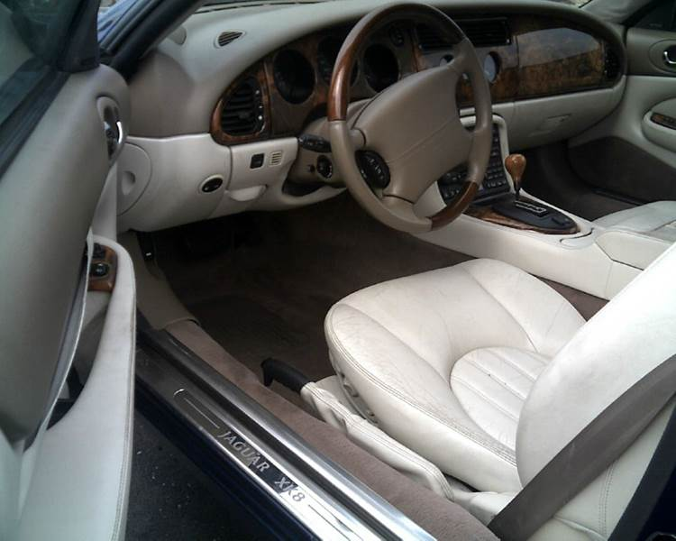 2001 Jaguar XK-Series XK8 2dr Convertible - Franklin IN