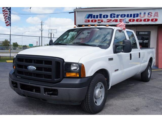 2006 FORD F350 CREW CAB 172 XL white please check dealer website for any disclaimers autogroup-us