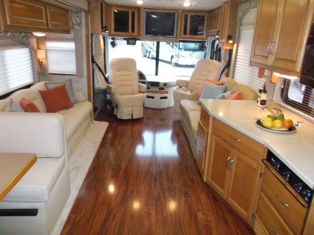 2006 Fleetwood Bounder 37U Diesel Class A - Humble TX