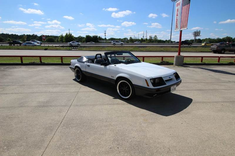 1986 Ford Mustang GT 2dr Convertible - Humble TX