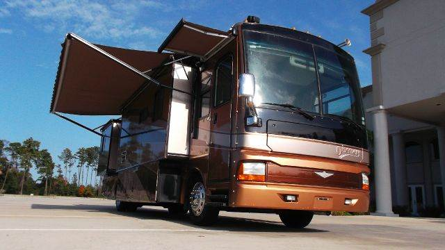 2004 Fleetwood DISCOVERY