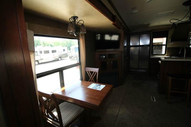 2014 EVERGREEN BAY HILL 340RK Fifth Wheel - Humble TX