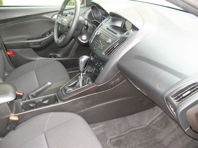 2015 Ford Focus SE 4dr Sedan - Atkinson NE