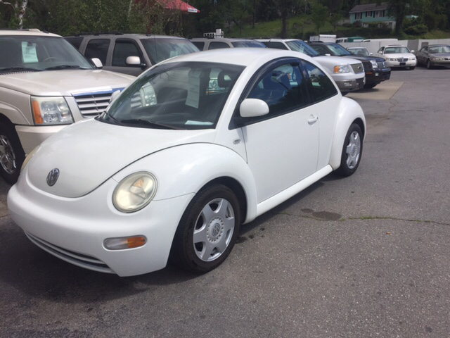volkswagen  beetle gls dr hatchback  asheville nc roberts auto sales