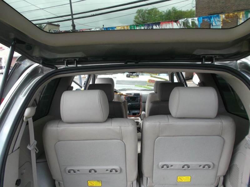 2004 Kia Sedona EX 4dr Mini-Van - Hawthorne NJ