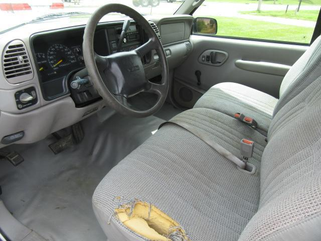 "1998 GMC Sierra 1500 Ext Cab 141.5"" WB - Urbana OH"