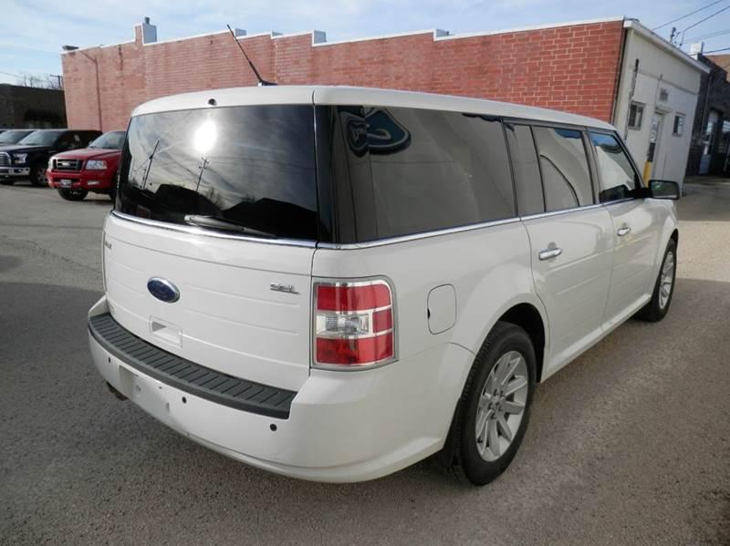 2011 Ford Flex SEL 4dr Crossover - Edgewood IA