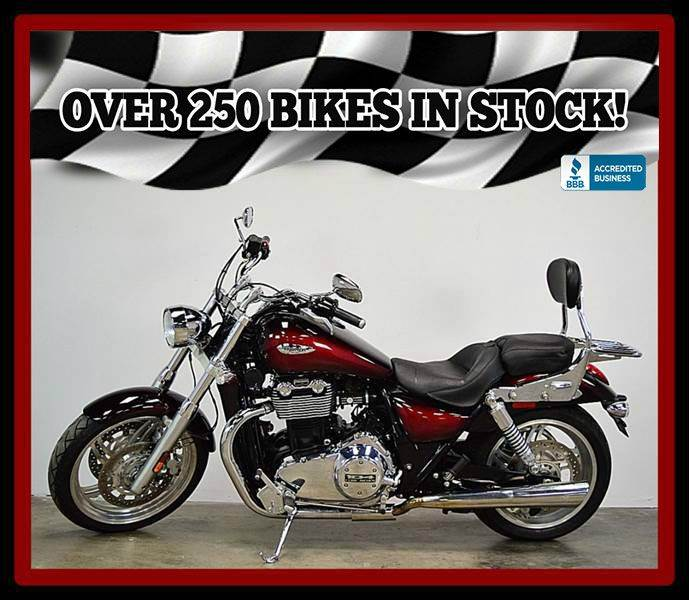 2010 Triumph Thunderbird (Two Tone)