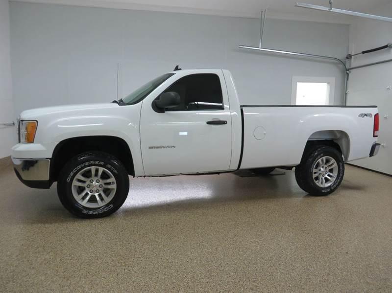 2012 gmc sierra 1500 4x4 work truck 2dr regular cab 8 ft lb in hudsonville mi hts auto sales. Black Bedroom Furniture Sets. Home Design Ideas