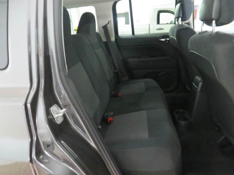 2014 Jeep Patriot Latitude 4x4 4dr SUV - Hudsonville MI