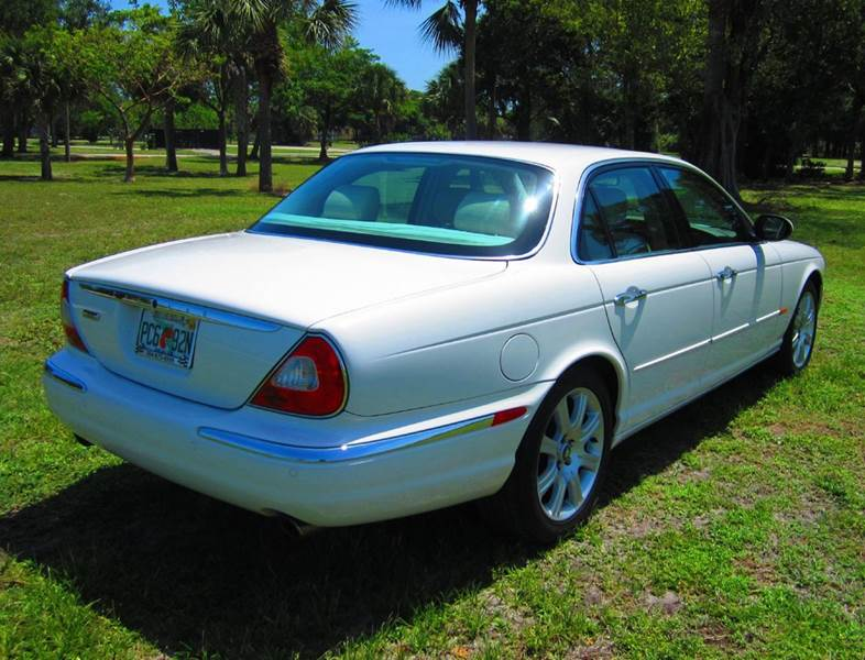 2004 Jaguar XJ-Series XJ8 4dr Sedan - Deerfield Beach FL