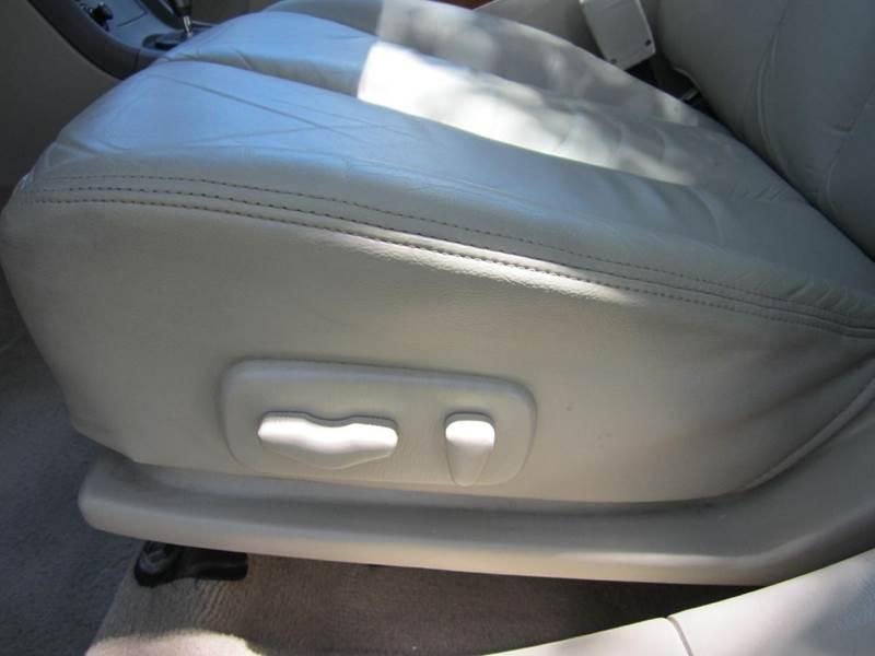 2002 Infiniti I35 4dr Sedan - Deerfield Beach FL