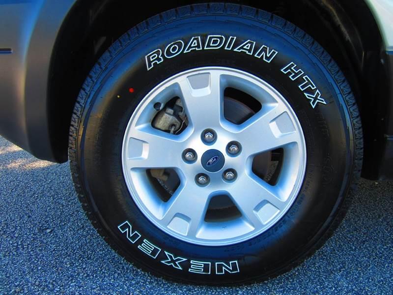 2005 Ford Escape AWD XLT 4dr SUV - Deerfield Beach FL