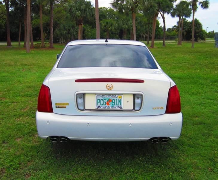 2005 Cadillac DeVille DTS 4dr Sedan - Deerfield Beach FL