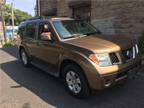 2005 Nissan Pathfinder for sale in Paterson, NJ
