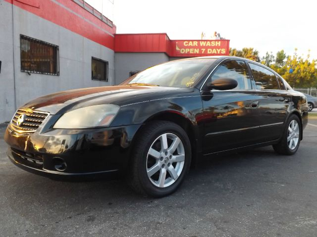 2005 NISSAN ALTIMA 25 S black air conditioningamfm radioanti-brake system non-absbody style