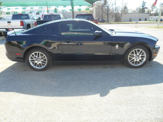 2012 Ford Mustang V6 Premium 2dr Coupe - Tyler TX