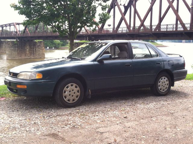 1996 Toyota Camry for sale in Marietta OH