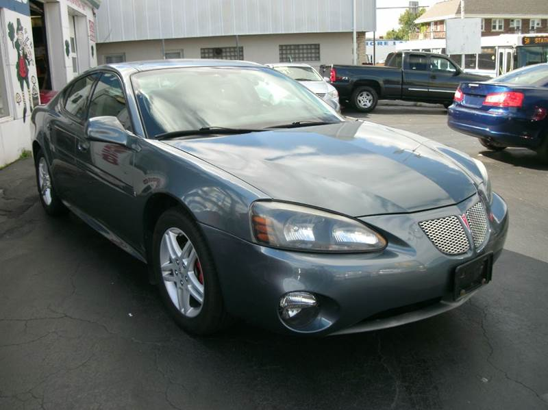 2007 pontiac grand prix gt 4dr sedan in buffalo ny village motor sales. Black Bedroom Furniture Sets. Home Design Ideas