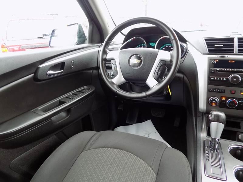 2010 Chevrolet Traverse LT 4dr SUV w/1LT - Buffalo NY