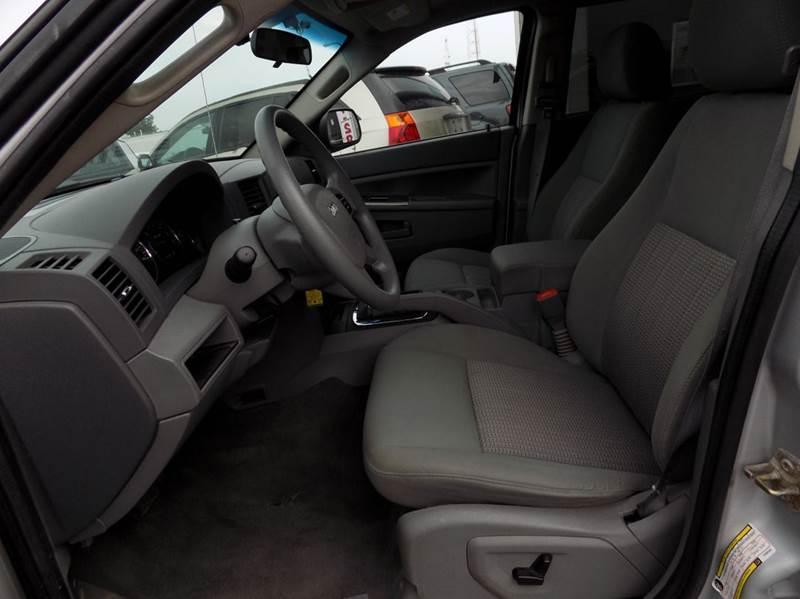2007 Jeep Grand Cherokee Laredo 4dr SUV 4WD - Buffalo NY