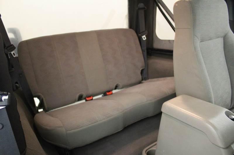 2003 Jeep Wrangler X 4WD 2dr SUV - Grand Rapids MI