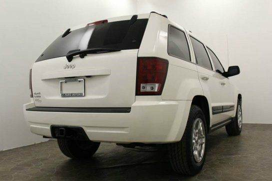 2006 Jeep Grand Cherokee Laredo 4dr SUV 4WD w/ Front Side Airbags - Grand Rapids MI