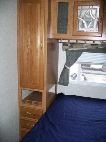 2003 SALEM Travel Trailer or Park Model 32FKSS Super slideout  - Springville NY