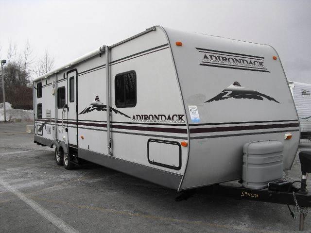 2005 Adirondack 31BK-DSL Travel Trailer
